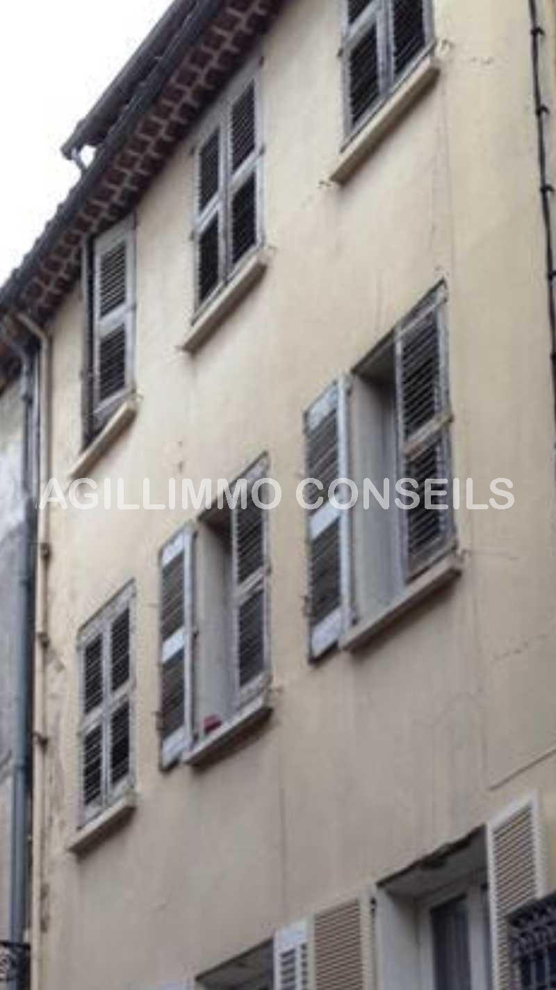 Trois appartements à rénover - DRAGUIGNAN