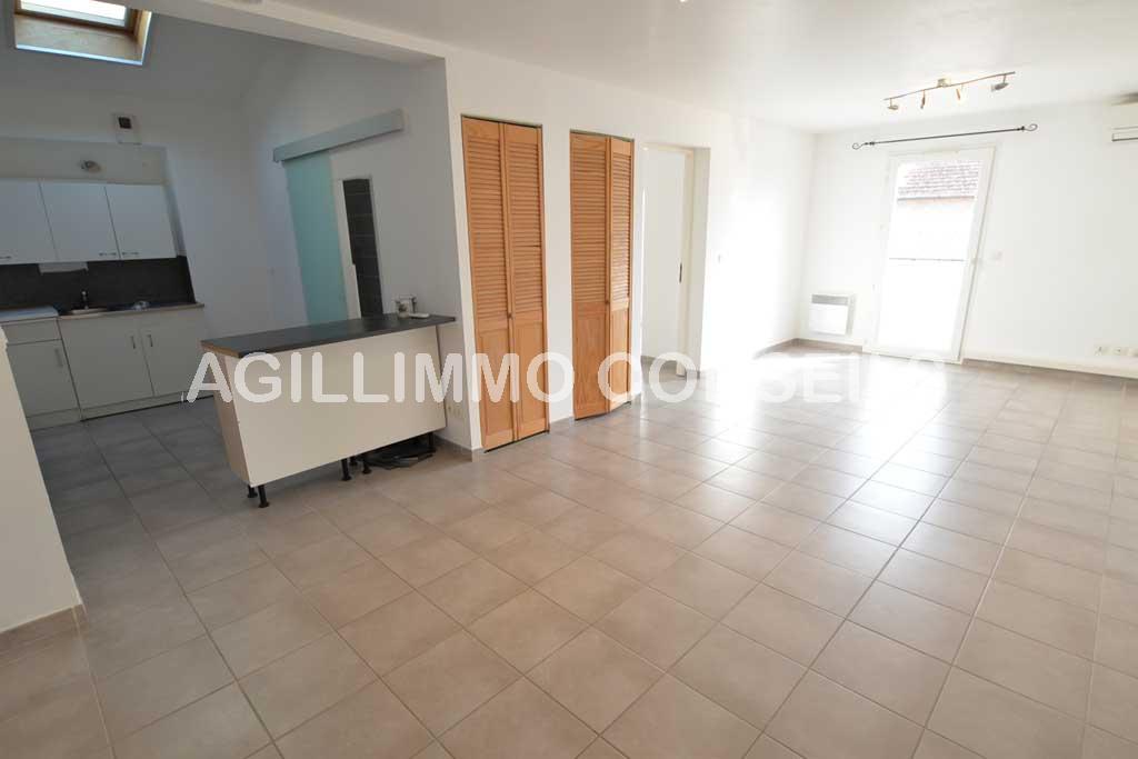 NEGOCIABLE 2 Pièces de 49 m2 quasiment neuf - PUGET SUR ARGENS