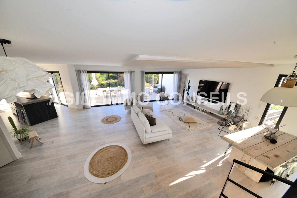 Villa Garage à acheter - 83480 Var