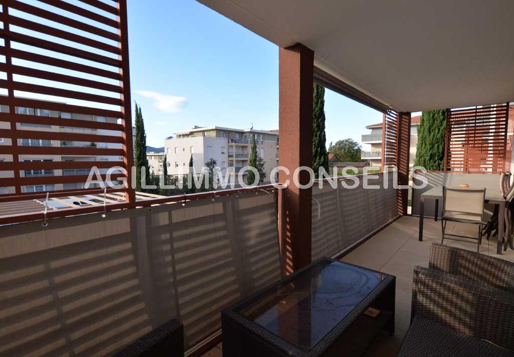 Appartement 3P moderne avec garage et belle terrasse - PUGET SUR ARGENS Var