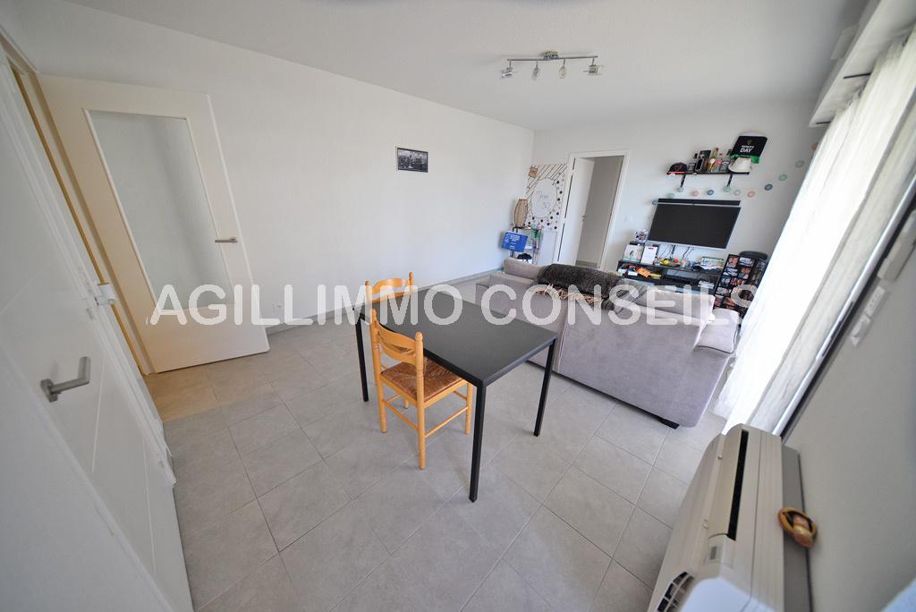 Appartement 2 pièces avec terrasse de 19m2 au 1er étage - FREJUS