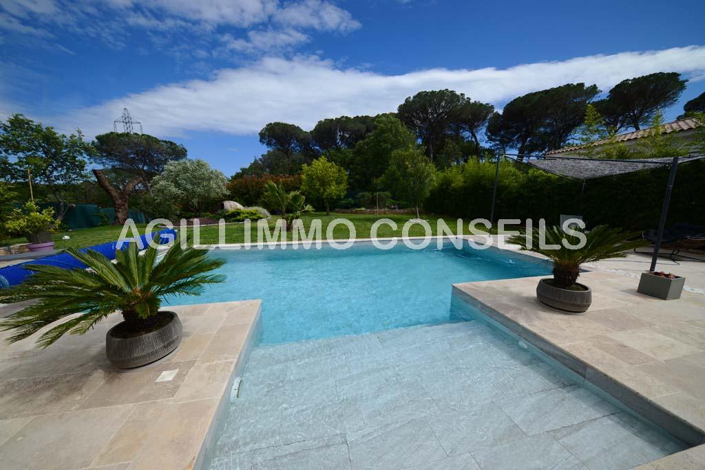 Villa 5 Pièces - 4 chambres - Garage - Piscine - Var Provence