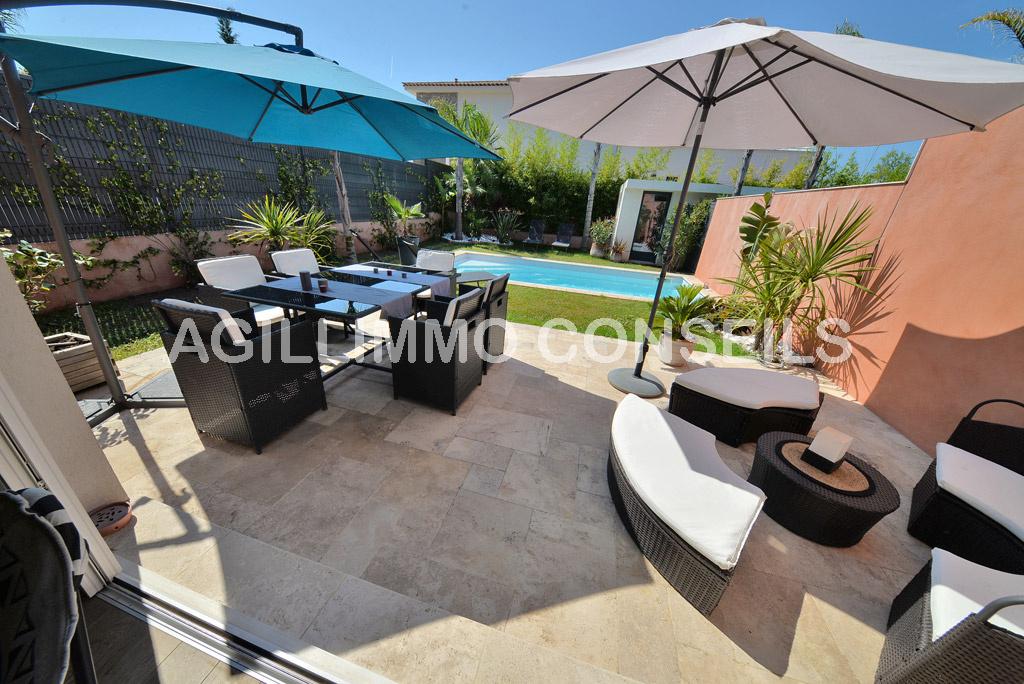 Superbe maison moderne 3P avec piscine  - PUGET SUR ARGENS Var