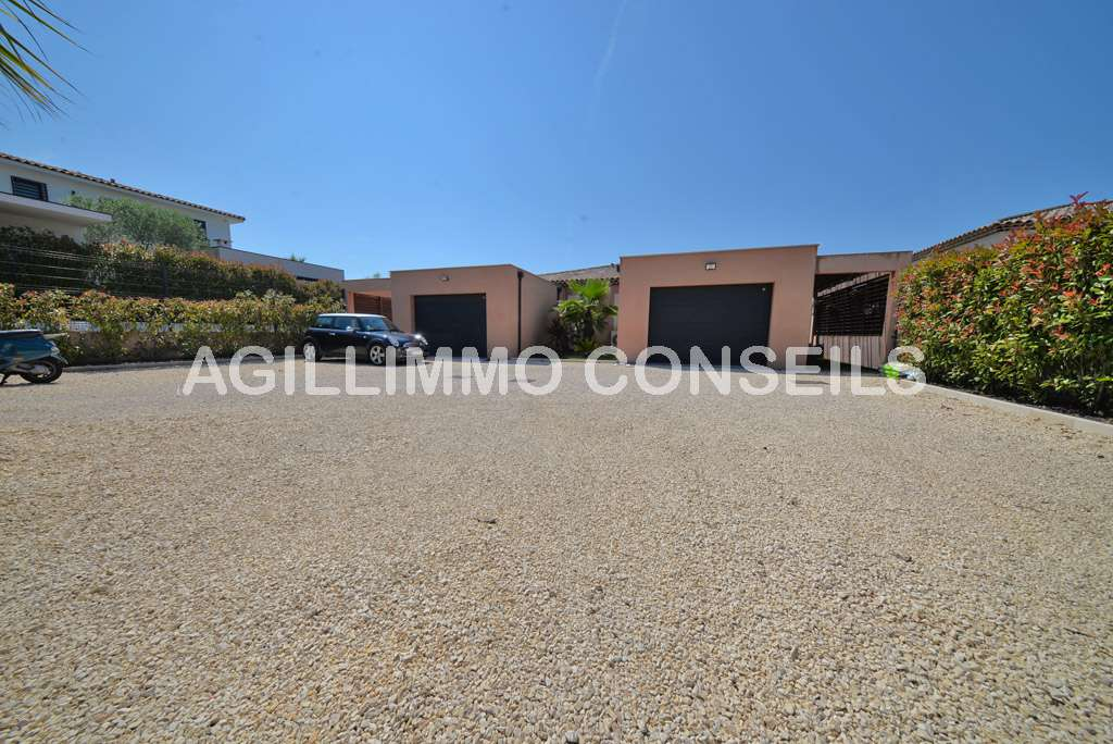 Villa 3 Pièces - 2 chambres - Garage - Piscine  - PUGET SUR ARGENS - Var 83