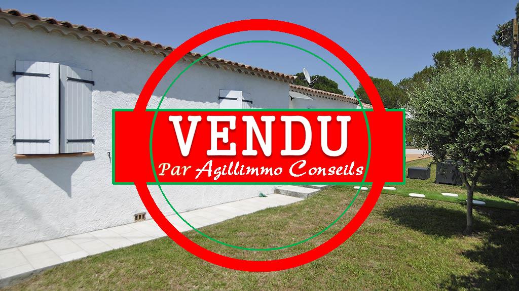 Charmante villa T4 de plain pied - PUGET SUR ARGENS